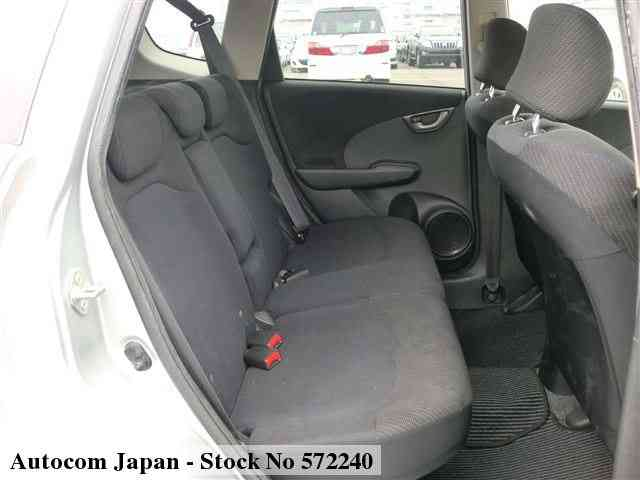 STOCK No.572240 HONDA FIT HV Image4