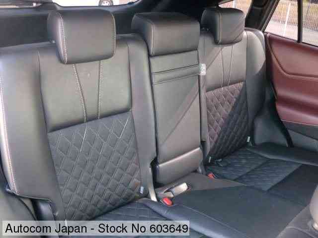 STOCK No.603649 TOYOTA HARRIER Image19