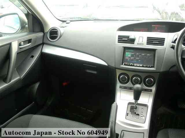 STOCK No.604949 MAZDA AXELA SPORTS Image3