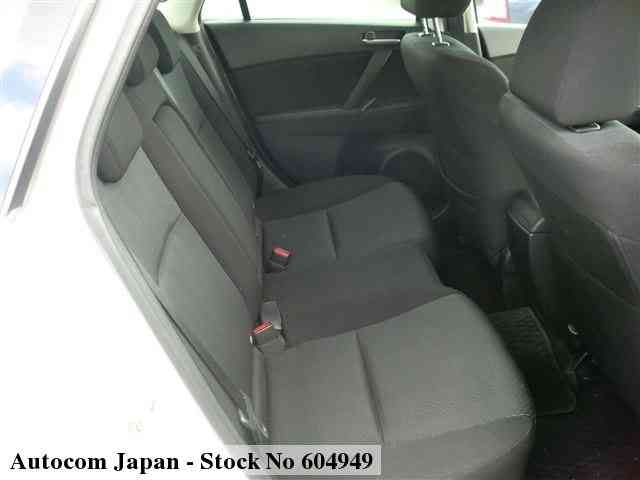 STOCK No.604949 MAZDA AXELA SPORTS Image5