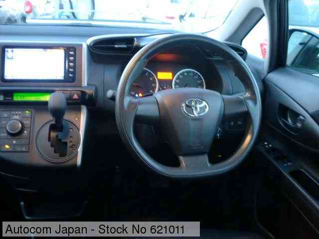 STOCK No.621011 TOYOTA WISH Image3